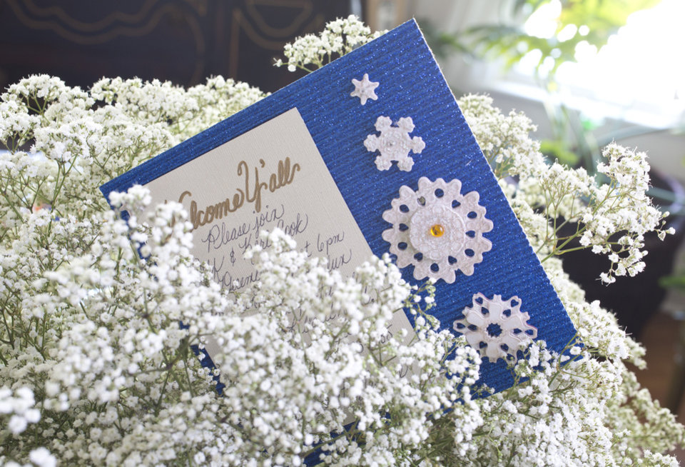Photo - For holiday entertaining try showering your guests with comforts in a Casual Southern theme with simple invitations of a card with metallic pen. (Ross Hailey/Fort Worth Star-Telegram/MCT)