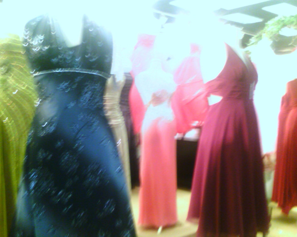 shopping for a dress..<br/><b>Community Photo By:</b> Tama<br/><b>Submitted By:</b> Tama, Midwest