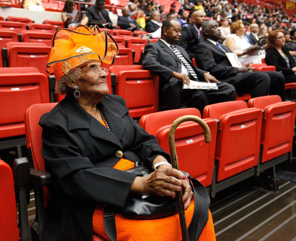 Photo - Helen C. Chapple attended the funeral.  About 2,500 people celebrated the life and legacy of Oklahoma City civil rights pioneer Clara Mae Shepard Luper  during a lively service in the Cox Convention Center that lasted more than three hours, Friday,  June 17, 2011.  Luper died  last week at the age of 88. Photo by Jim Beckel, The Oklahoman