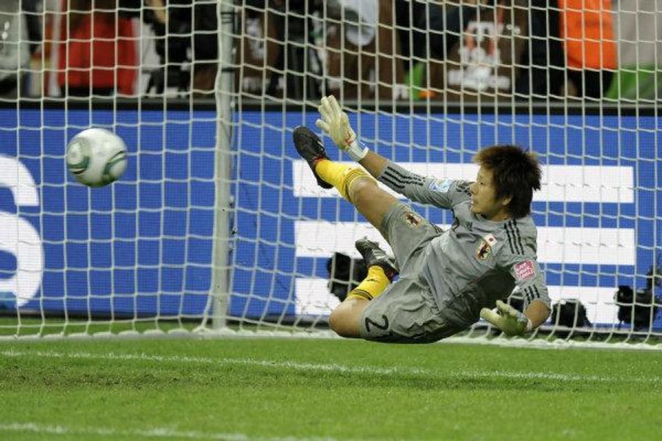 Photo - Japan goalkeeper Ayumi Kaihori makes a save during penalty-shootout of the final match between Japan and the United States at the Women's Soccer World Cup in Frankfurt, Germany, Sunday, July 17, 2011. (AP Photo/Martin Meissner) ORG XMIT: WWC262