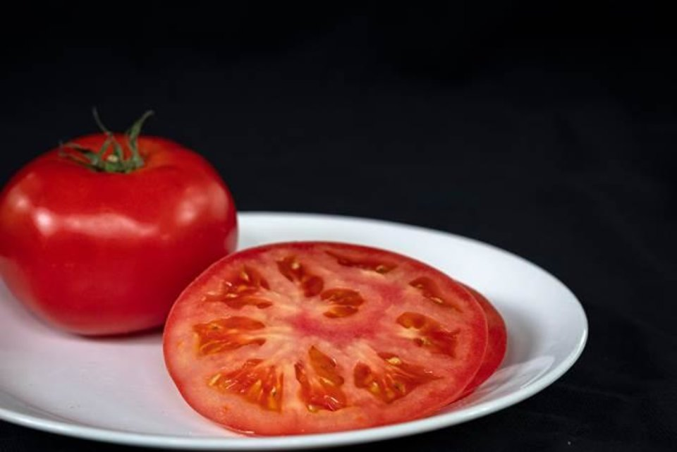 Photo -  Vine-ripened tomatoes aren't always the best tomatoes. [PHOTO PROVIDED BY OSU EXTENSION SERVICE]
