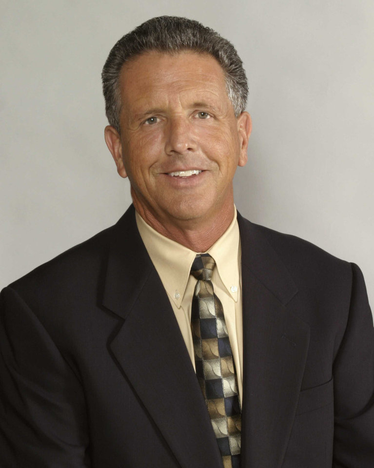 Photo - Bill Land, sports broadcaster
