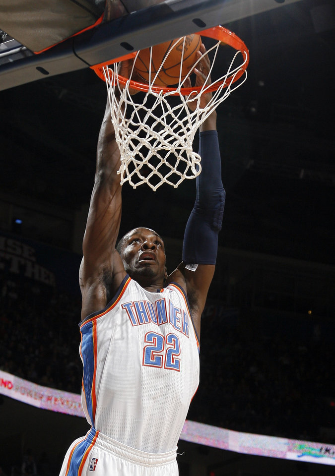 Photo - Oklahoma City's Jeff Green (22) dunks 