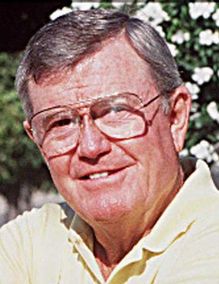 Photo - Darrell Royal, former OU football player and Hall of Fame college football coach at Texas (1957-76). Staff file photo by Yom Lankes, 8-21-90.