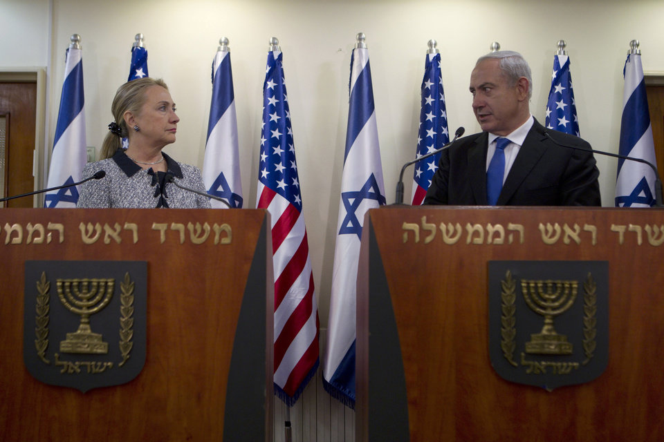 Photo -   Israel's Prime Minister Benjamin Netanyahu and U.S. Secretary of State Hillary Rodham Clinton deliver joint statements in Jerusalem, Tuesday, Nov. 20, 2012. A diplomatic push to end Israel's nearly weeklong offensive in the Gaza Strip gained momentum Tuesday, with Egypt's president predicting that airstrikes would soon end, the U.S. secretary of state racing to the region and Israel's prime minister saying his country would be a