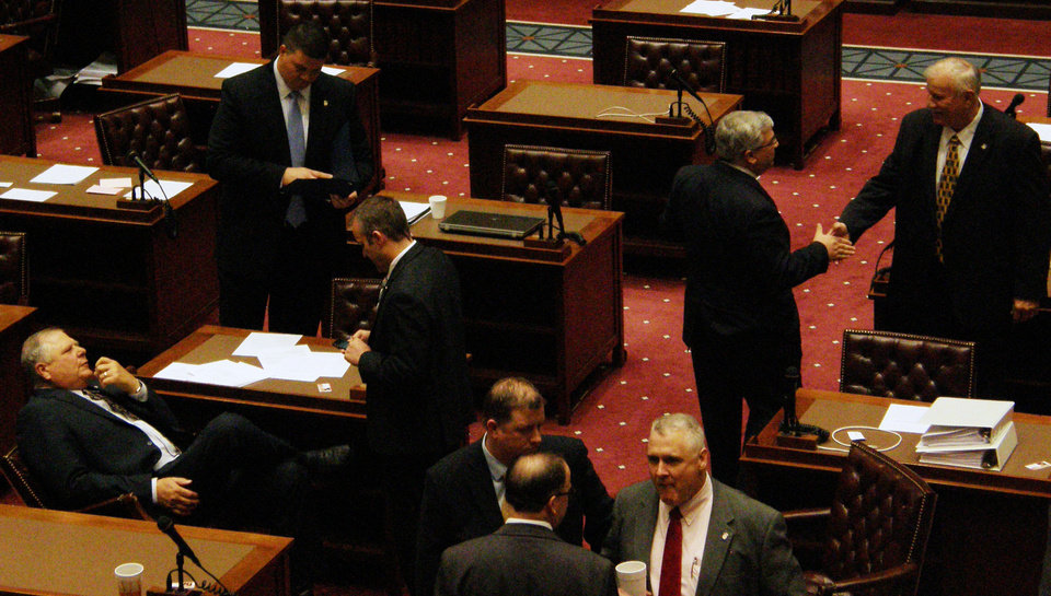 A photo shows the floor of the Oklahoma Senate. Phobo by Warren Vieth.