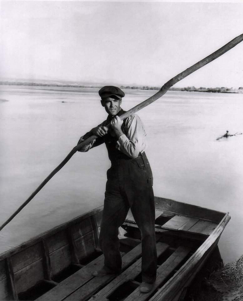 "Henry Ford plays Tom Joad in John Ford's Oscar-winning 1940 film version of ""The Grapes of Wrath."" Photo provided. <strong>Emmett Schoenbaum</strong>"