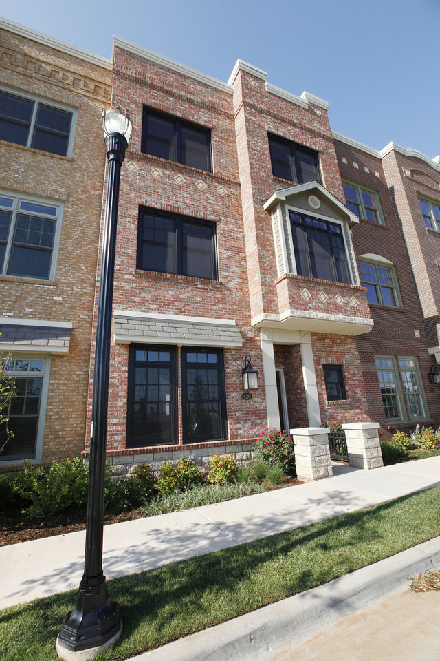 Photo - Kevin Durant recently purchased this townhome at 420 NE 2 and an adjoining residence with plans to convert into one 7,400-square-foot home.  PAUL B. SOUTHERLAND