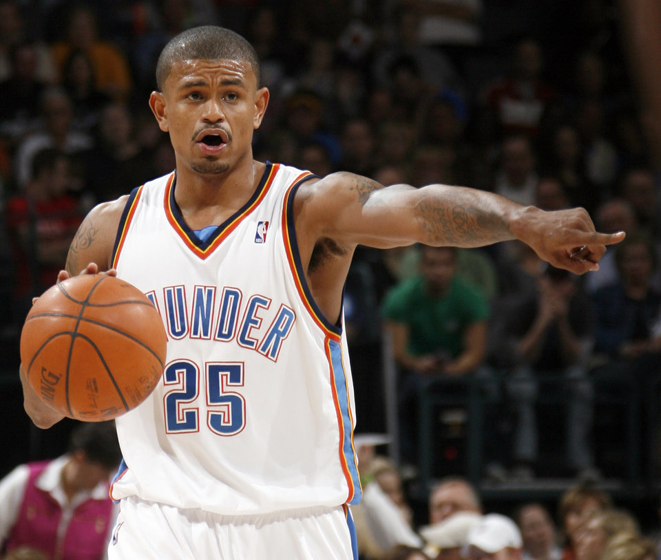 Earl Watson of the Thuder directs the team in the second half of the NBA basketball game between the Oklahoma City Thunder and the Los Angeles Clippers at the Ford Center in Oklahoma City, Wednesday, Nov. 19, 2008. The Clippers won. 108-88. BY NATE BILLINGS, THE OKLAHOMAN