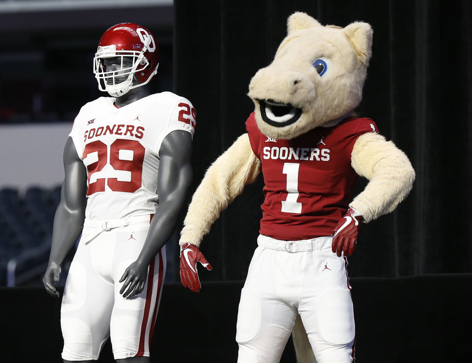 Photo - OU mascot with OU uniform at the Big 12 Media Day at AT&T Stadium in Dallas, TX, July 15, 2019. STEPHEN PINGRY/Tulsa World