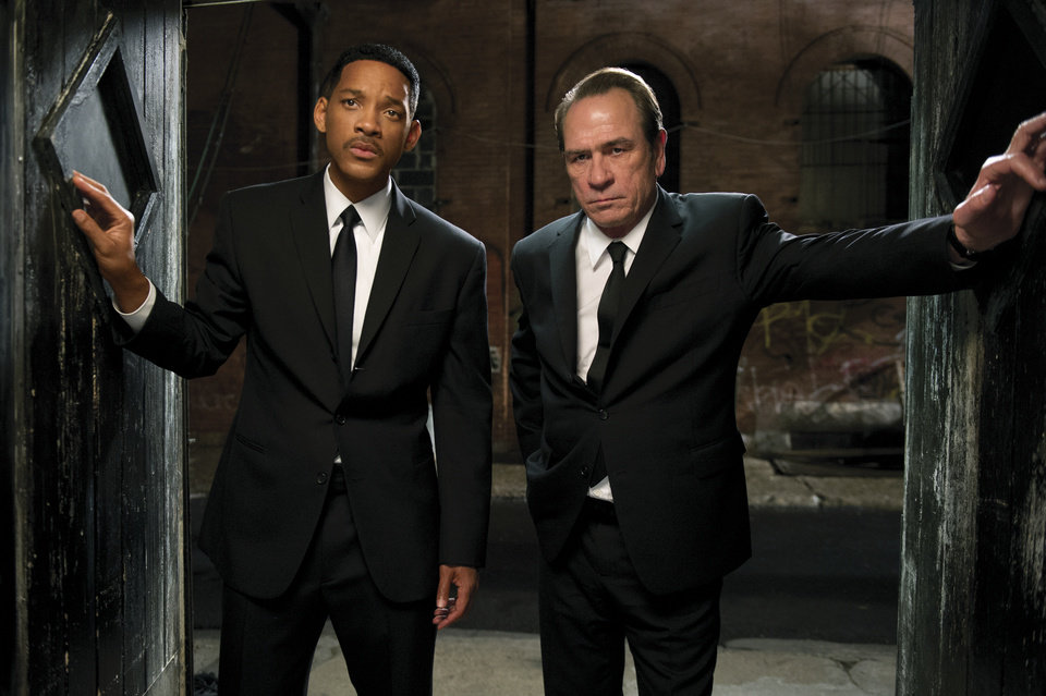 "In this film image released by Sony Pictures, Tommy Lee Jones, right, and Will Smith star are shown in a scene from ""Men in Black 3."" (AP Photo/Columbia Pictures-Sony, Wilson Webb)"