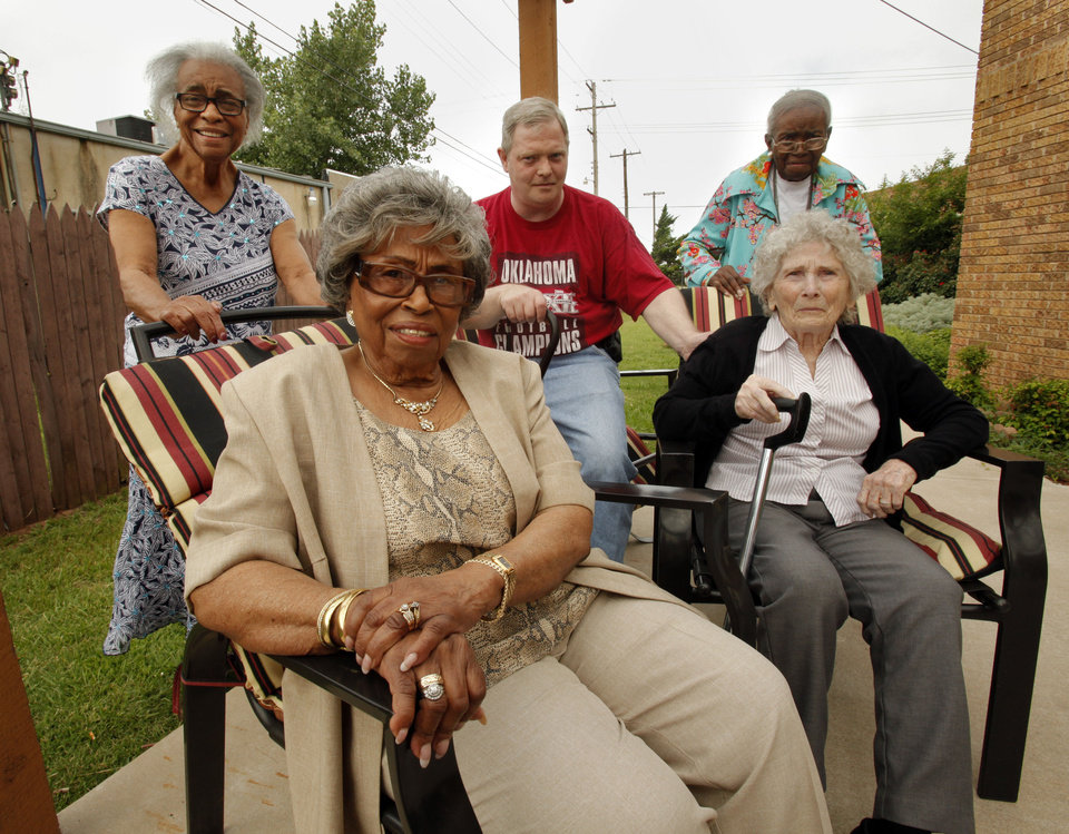 Photo - Thelma Burton, 91, (front) who volunteers at the Metropolitan Better Living Center sits with friends Jessie Shelton, Hank Lawrence, Mertella Moon and Inez Sonner (seated right) on Wednesday, June 13, 2012 in Oklahoma City, Okla.  Burton won a Salute to Senior Service award this year for her volunteerism.  Photo by Steve Sisney, The Oklahoman