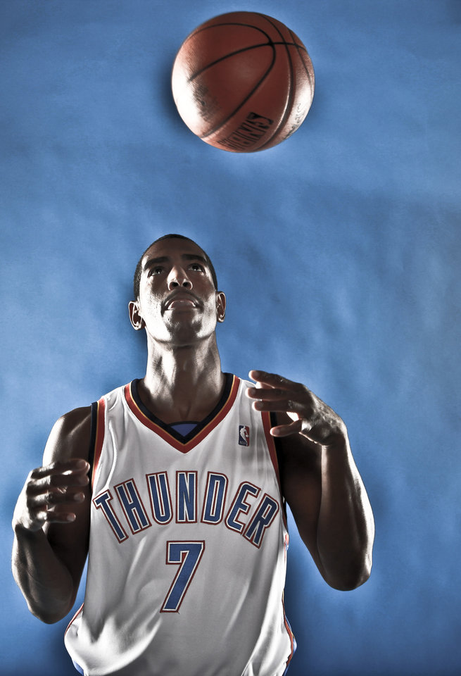 Photo - DO NOT USE. FOR THUNDER PREVIEW ONLY. 		NBA BASKETBALL: KEVIN OLLIE during the Oklahoma City Thunder media day on Monday, Sept. 28, 2009, in Oklahoma City, Okla.  Photo by Chris Landsberger, The Oklahoman. ORG XMIT: KOD