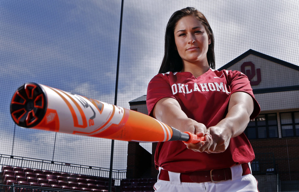 Photo - University of Oklahoma Sooners (OU) softball player Lauren Chamberlain on Wednesday, April 1, 2015 in Norman, Okla.  Photo by Steve Sisney, The Oklahoman