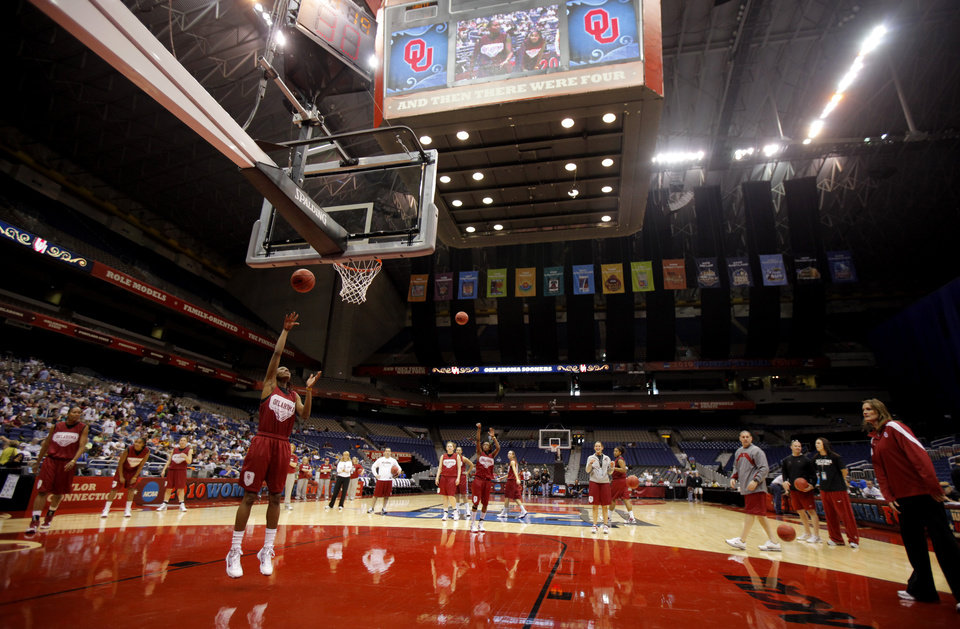 Photo - OU's Nyeshia Stevenson shoots the ball during practice for the Final Four of the NCAA women's  basketball tournament in San Antonio, Texas., on Saturday, April 3, 2010.  The University of Oklahoma will play Stanford on Sunday, April 4, 2010.