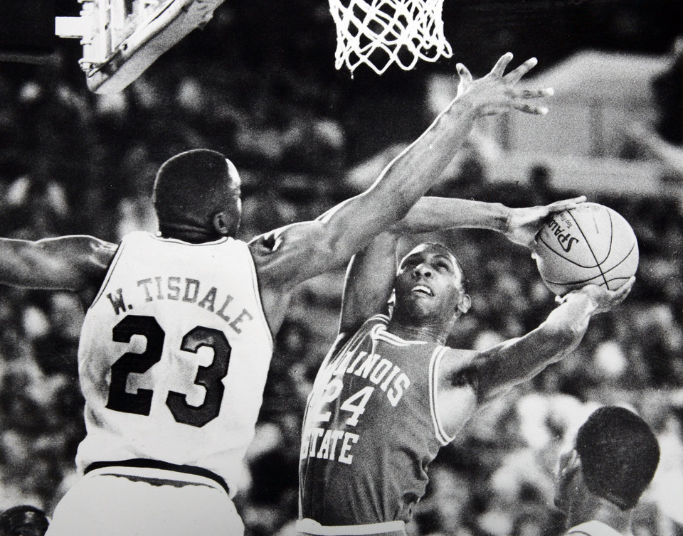 Photo - Former OU basketball player Wayman Tisdale. Staff Photo by Doug Hoke. Photo taken ? 16, 1985, Photo published unknown. ORG XMIT: KOD