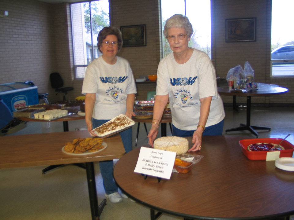 Suzan Schirf and Ruth Shaw serve desserts<br/><b>Community Photo By:</b> Karen Erbin<br/><b>Submitted By:</b> Karen, Harrah