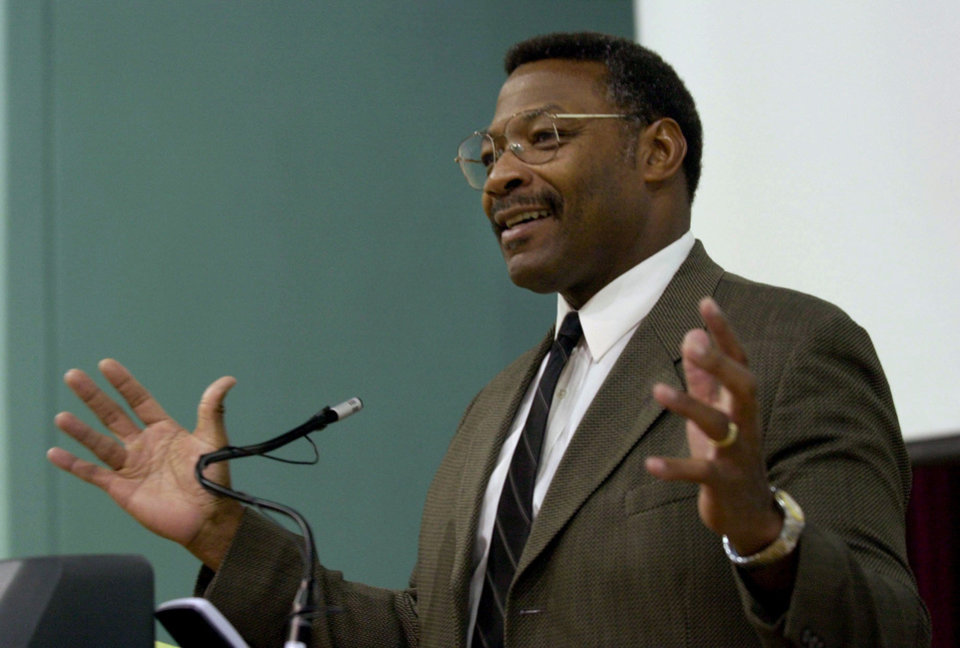 HILLSBOROUGH, Tampa, FL, 8/24/02: Lee Roy Selmon was the guest speaker at the Fatherhood Festival Saturday. Tribune photo/Greg Fight.