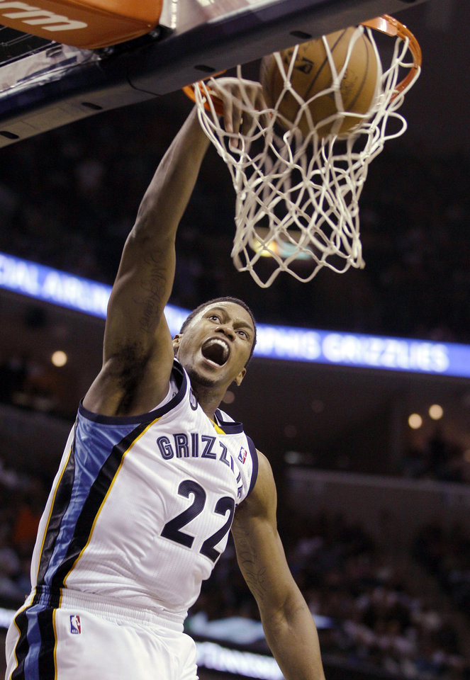 Memphis Grizzlies' Rudy Gay (22) scores during the second half of an NBA basketball game against the Miami Heat in Memphis, Tenn., Sunday, Nov. 11, 2012. The Grizzlies won 104-86. (AP Photo/Danny Johnston)