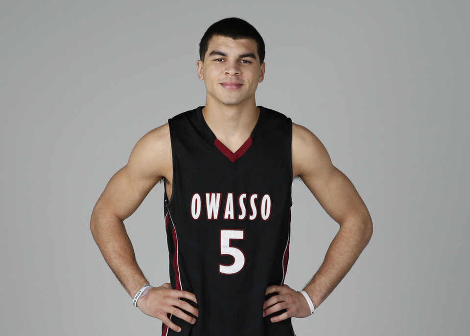 Photo - Jaylen Lowe, Owasso. PHOTO BY BRYAN TERRY, THE OKLAHOMAN