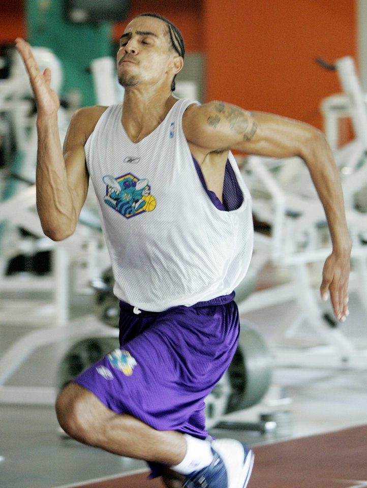 Photo - Thabo Sefolosha, from Vevey, Switzerland goes through a New Orleans/Oklahoma City Hornets NBA basketball team workout for draft prospects in Edmond , June 21, 2006.  Steve Gooch /The Oklahoman