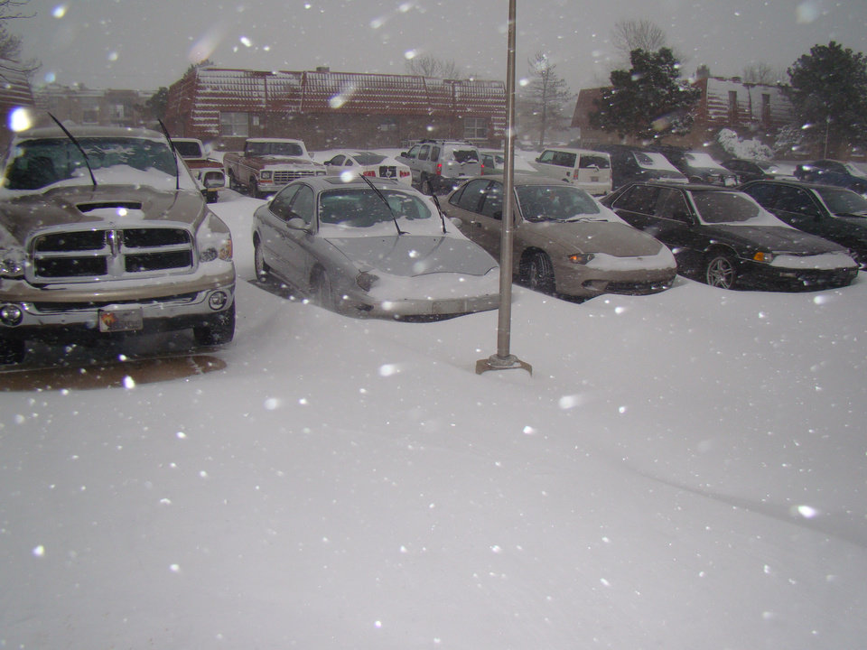 Photo - Parking lot at Carleton Crossing Apts., Stillwater, OK