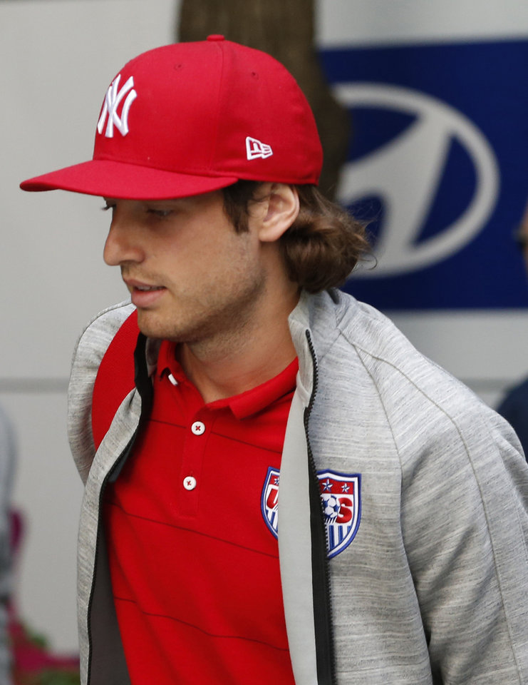 Photo - United States' Mix Diskerud arrives at the team hotel in Sao Paulo, Brazil, Monday, June 9, 2014. The U.S. will play in group G of Brazil's 2014 soccer World Cup. (AP Photo/Julio Cortez)