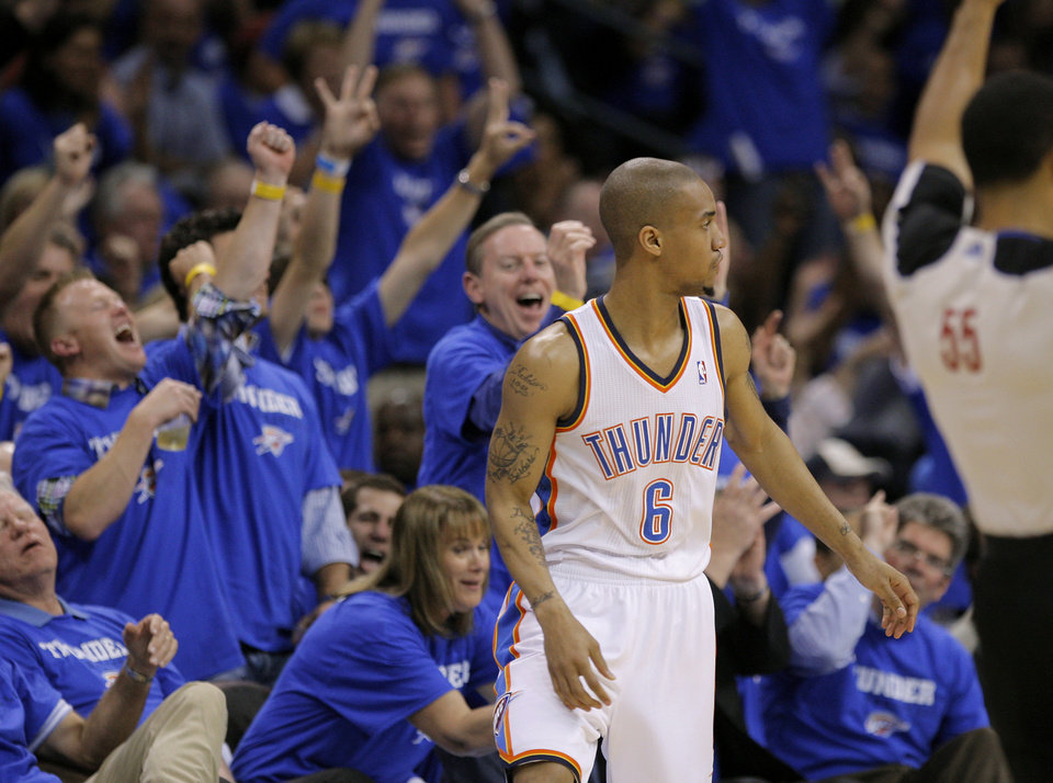 Photo - The crowd reacts after an Eric Maynor basket during game two of the Western Conference semifinals between the Memphis Grizzlies and the Oklahoma City Thunder in the NBA basketball playoffs at Oklahoma City Arena in Oklahoma City, Tuesday, May 3, 2011. Photo by Bryan Terry, The Oklahoman