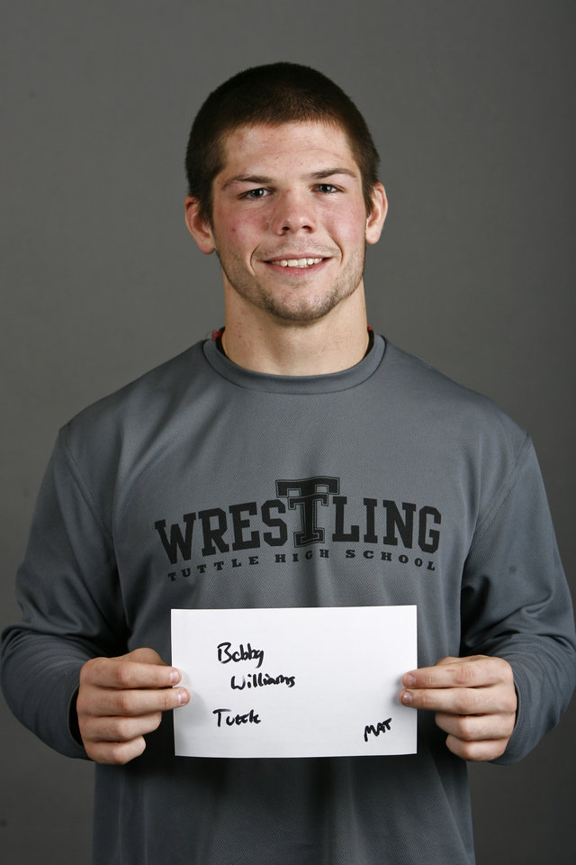 Photo - Tuttle wrestler Bobby Williams poses for a mug during the winter high school sports photo day in Oklahoma City, Wednesday, Nov. 19, 2008. BY BRYAN TERRY, THE OKLAHOMAN ORG XMIT: KOD