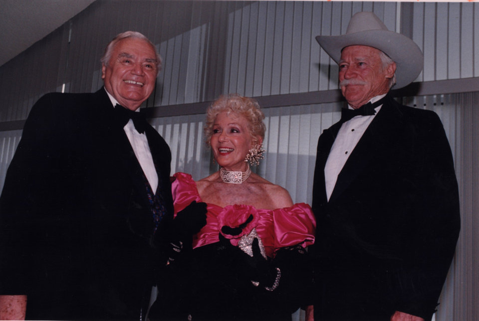 Photo - DEATH: Actor Ernest Borgnine, left; Grace Boyd, widow of Hopalong Cassidy's alter-ego, actor William Boyd; and actor Richard Farnsworth were among those who gathered Saturday at the National Cowboy Hall of Fame for its annual Western Heritage Awards. William Boyd was inducted into the Hall of Great Western Performers; Bornine was a co-host of the evening; and Farnsworth was master of ceremonies. (Original photo taken 03/18/95, ran 03/19/95) FARNSWORTH DIED 10/06/00)
