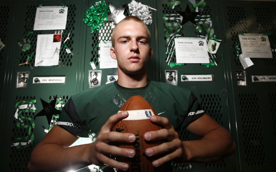 HIGH SCHOOL FOOTBALL PLAYER: Edmond Santa Fe's Justice Hansen in Edmond, Wednesday November 08, 2012. Photo By Steve Gooch, The Oklahoman
