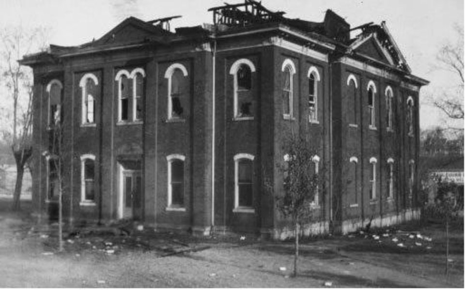 Remains of Cherokee County Courthouse fire on January 4, 1928 (01/04/1928). Photographer unknown