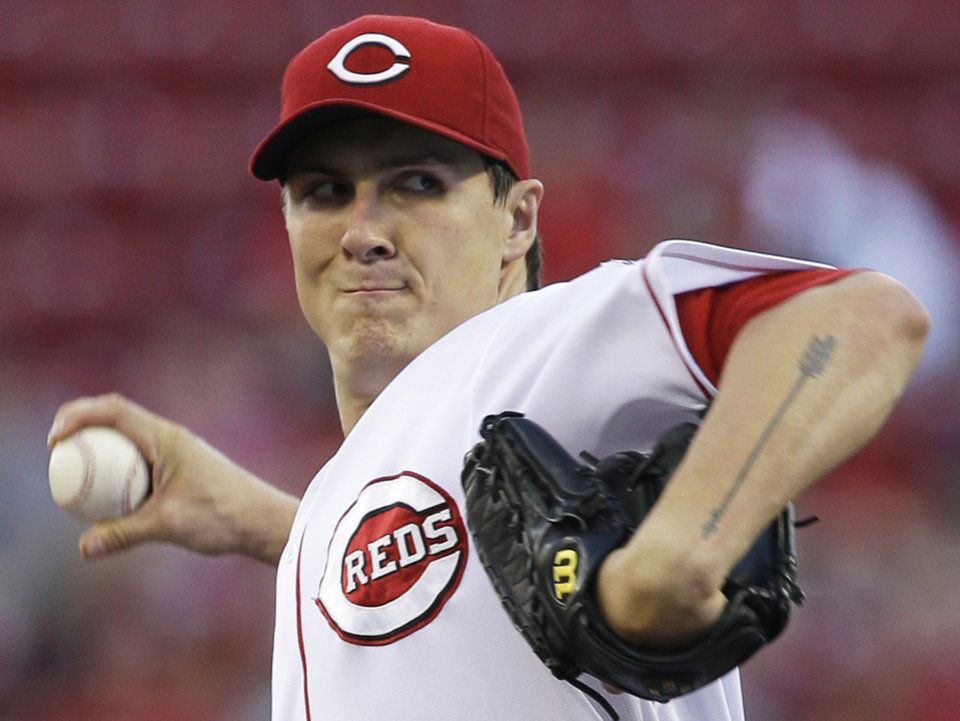 Cincinnati Reds starting pitcher Homer Bailey throws to a St. Louis Cardinals batter in the first inning of a baseball game, Tuesday, Sept. 3, 2013, in Cincinnati. (AP Photo/Al Behrman)
