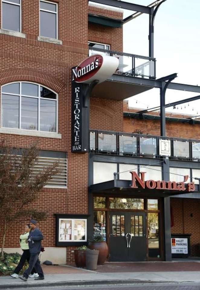 Photo -  Nonna's Euro-American Ristorante and Bar shut down in 2014. The building will reopen this summer as home to The  Old Spaghetti Factory. [OKLAHOMAN ARCHIVES]