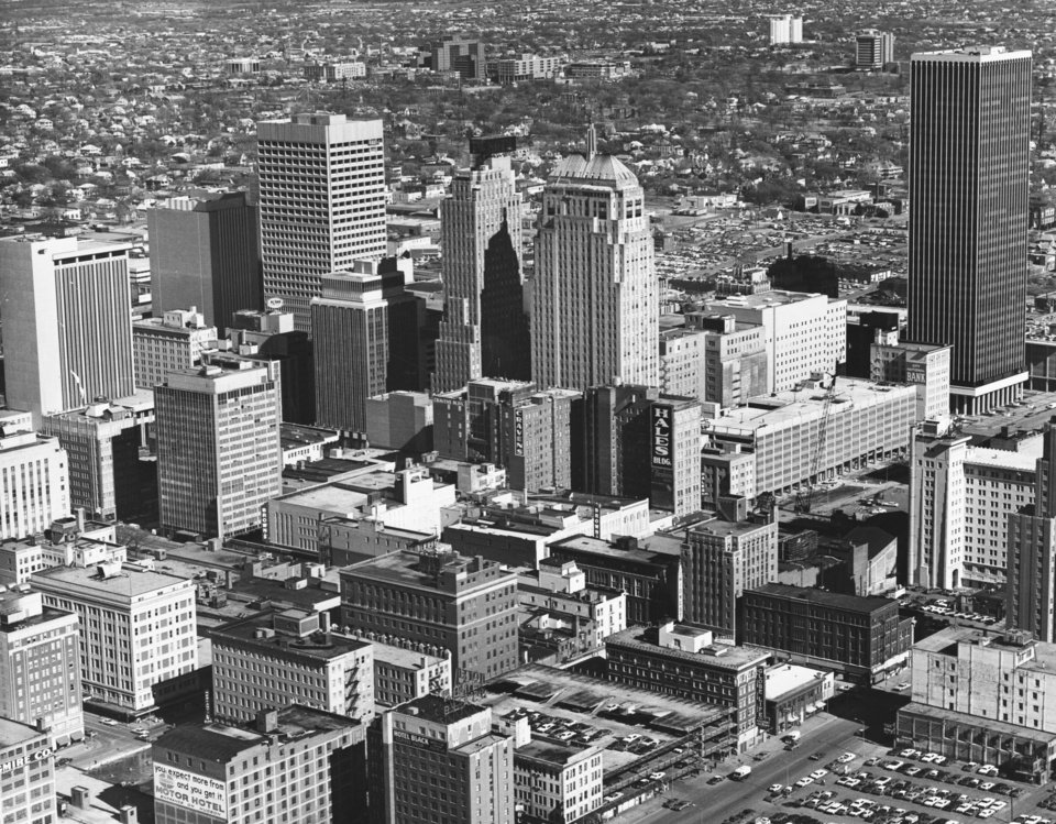 OKLAHOMA CITY / SKY LINE / OKLAHOMA / AERIAL VIEWS / AERIAL PHOTOGRAPHY / AIR VIEWS:  DOWNTOWN OKC.  Photo undated and unpublished.  Photo arrived in library 03/13/1973.