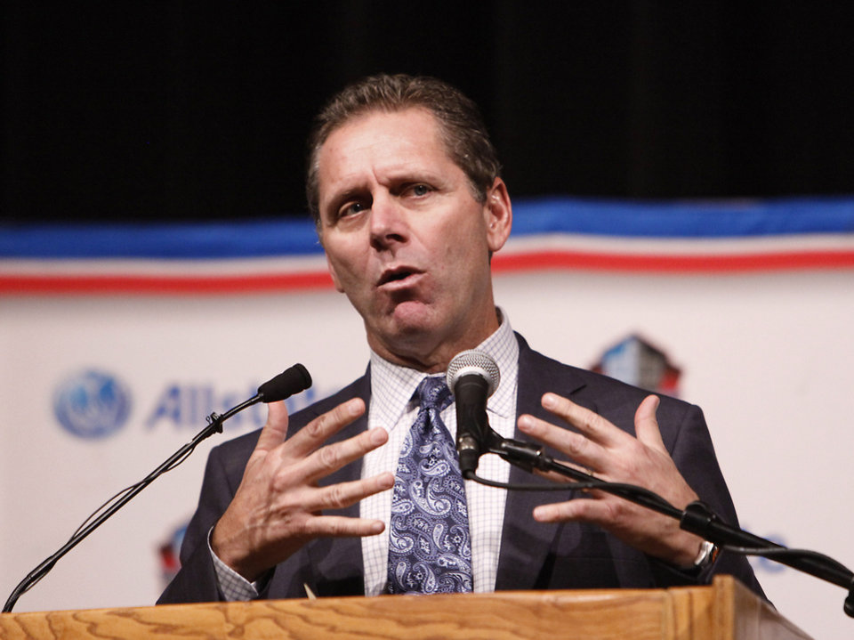 "Former Putnam City star and Pro Football Hall of Fame wide receiver Steve Largent talks to the students after receiving the ""Hometown Hall of Fame"" award, Thursday, November 1, 2012. Photo By David McDaniel/The Oklahoman <strong>David McDaniel - The Oklahoman</strong>"