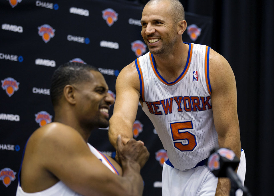 New York Knicks\' Jason Kidd (5) shakes hands with Kurt Thomas during their NBA basketball media day at the team\'s training facility in Greenburgh, N.Y., Monday, Oct. 1, 2012. (AP Photo/Craig Ruttle)