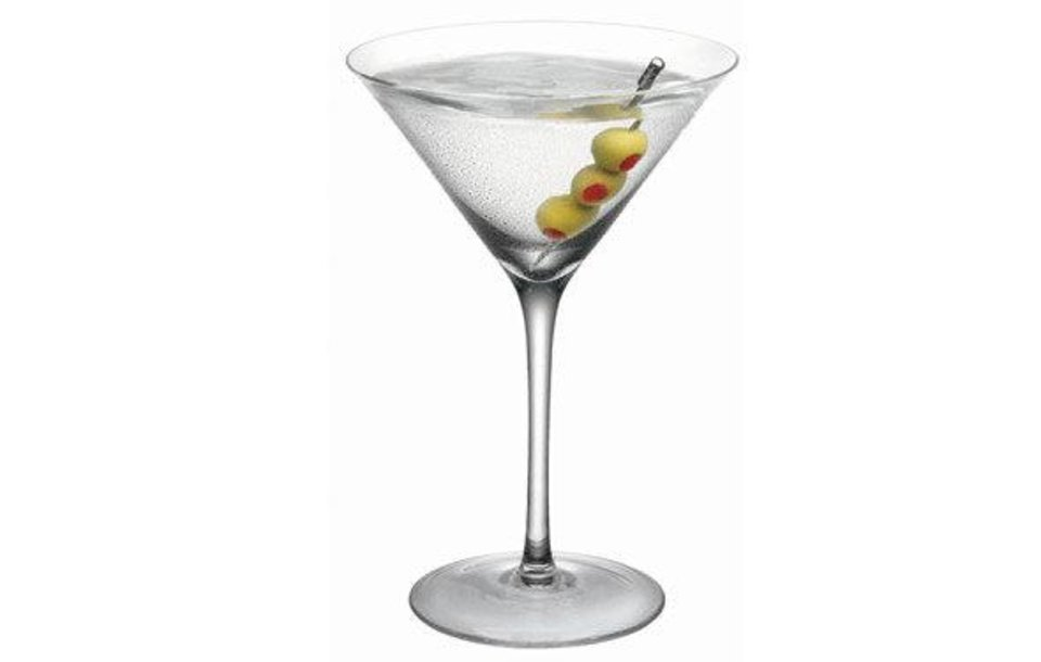 Classic Martini photo from www.amctv.com/shows/mad-men/cocktail-guide. <strong></strong>
