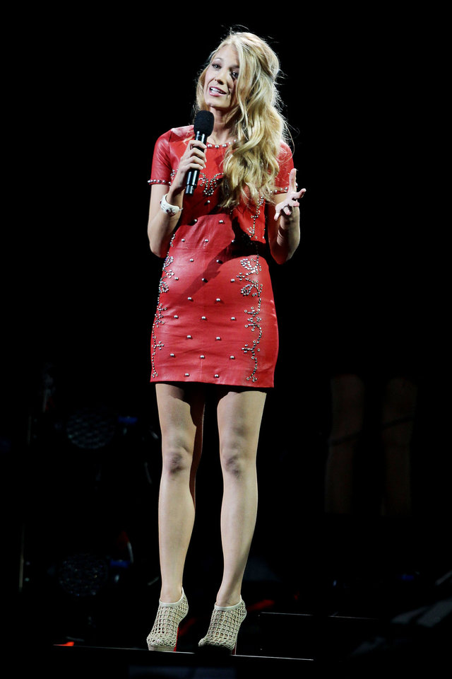 This image released by Starpix shows Blake Lively at the 12-12-12 The Concert for Sandy Relief at Madison Square Garden in New York on Wednesday, Dec. 12, 2012. Proceeds from the show will be distributed through the Robin Hood Foundation. (AP Photo/Starpix, Dave Allocca)