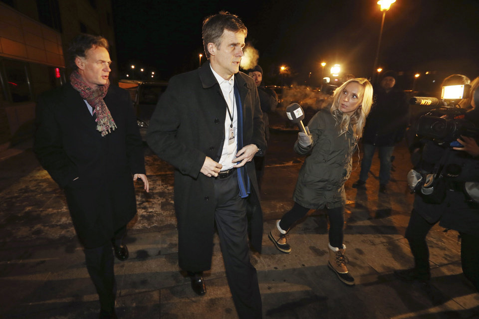 Statoil\'s CEO Helge Lund, arrives to meet at the centre for relatives to the hostages in Algeria, which has been established near the airport, in Bergen, Norway, Thursday, Jan. 17, 2013. Algerian forces launched a military assault Thursday at a natural gas plant in the Sahara Desert, trying to free dozens of foreign hostages held by militants who have ties to Mali\'s rebel Islamists, diplomats and an Algerian security official said. Yet information on the Algerian operation varied wildly and the conflicting reports that emerged from the remote area were impossible to verify independently (AP Photo/Hakon Mosvold /NTB Scanpix) NORWAY OUT