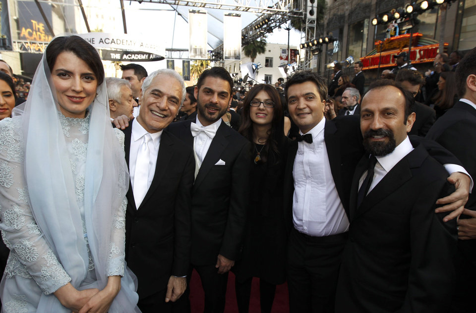 From left, Leila Hatami, Mahmoud Kalari,  Peyman Moadi,  Sarina Farhadi, Thomas Langmann, and Asghar Farhadi arrive before the 84th Academy Awards on Sunday, Feb. 26, 2012, in the Hollywood section of Los Angeles. (AP Photo/Chris Carlson) ORG XMIT: OSC371