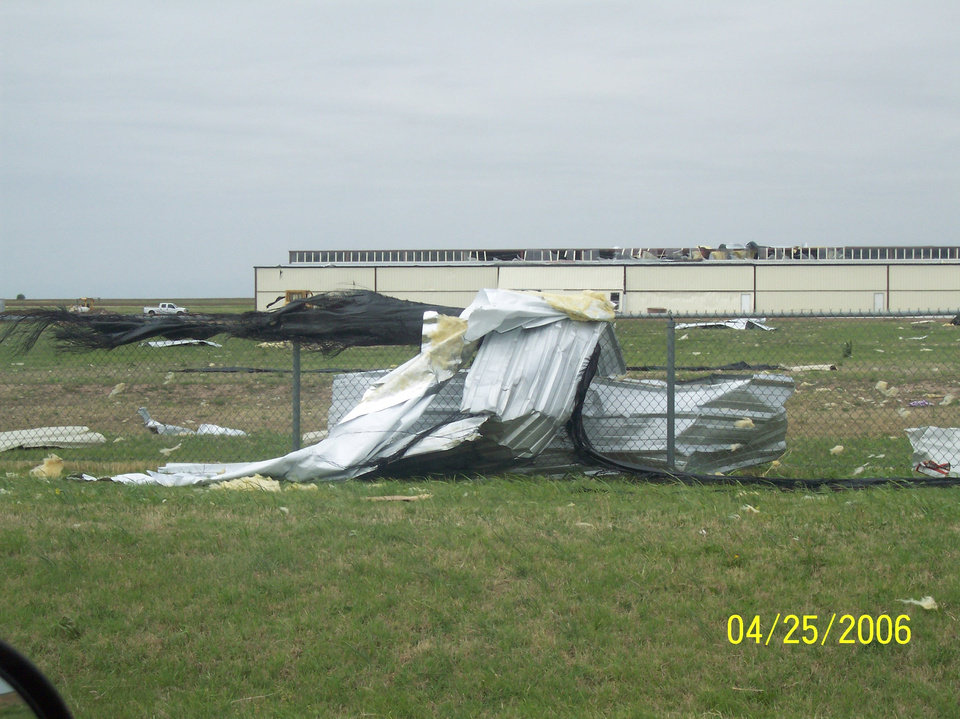 damage at el reno airport!<br/><b>Community Photo By:</b> melanie coffey el reno,ok<br/><b>Submitted By:</b> melanie,