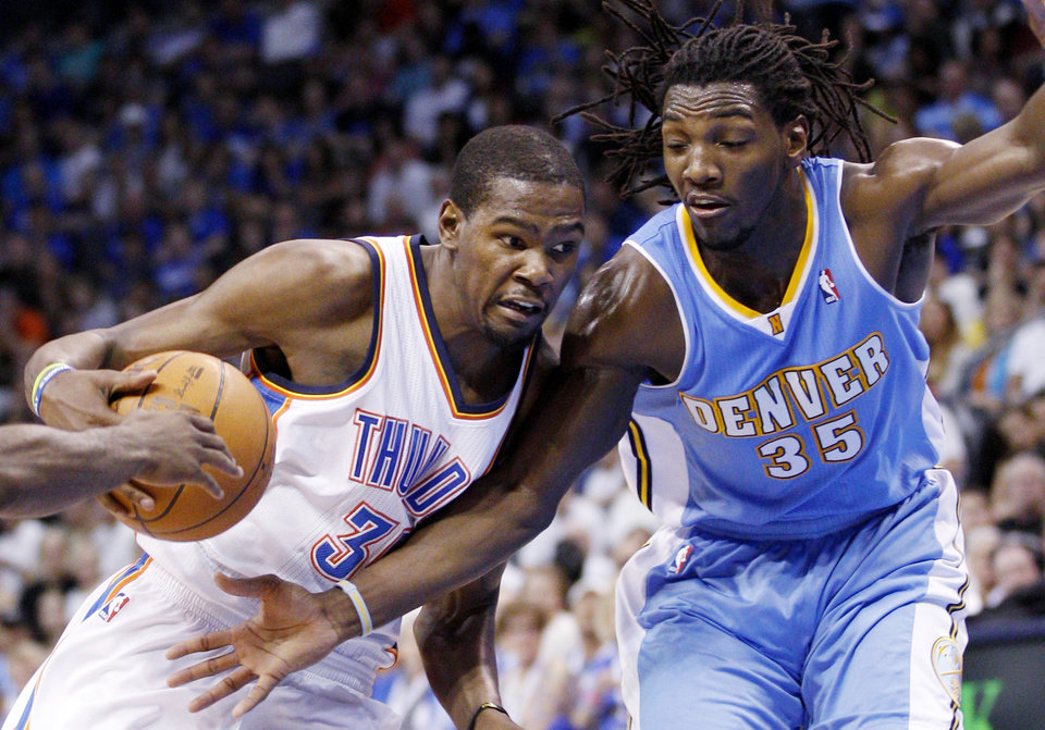 Photo -   Oklahoma City Thunder forward Kevin Durant, left, drives against Denver Nuggets forward Kenneth Faried (35) during the second quarter of an NBA basketball game in Oklahoma City, Wednesday, April 25, 2012. (AP Photo/Sue Ogrocki)