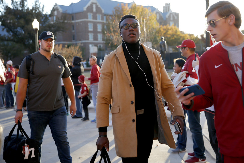 Photo - Oklahoma's Kenneth Murray arrives before an NCAA football game between the University of Oklahoma Sooners (OU) and the Iowa State University Cyclones at Gaylord Family-Oklahoma Memorial Stadium in Norman, Okla., Saturday, Nov. 9, 2019. [Bryan Terry/The Oklahoman]