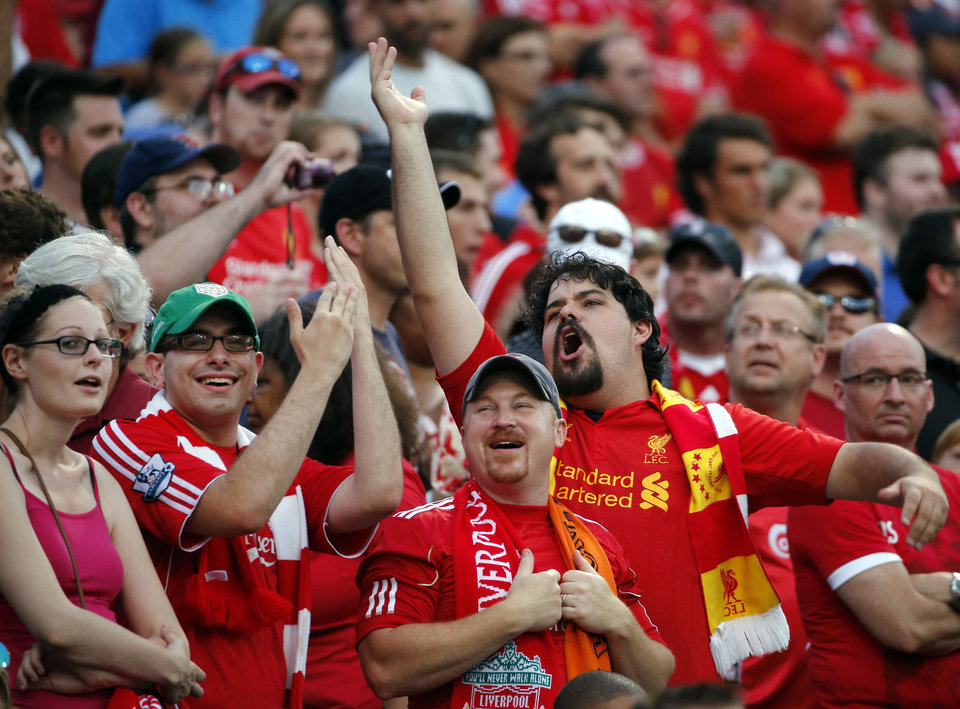 Photo - Fans cheer prior to a friendly soccer match between Liverpool FC and AS Roma at Fenway Park in Boston, Wednesday, July 23, 2014. (AP Photo)