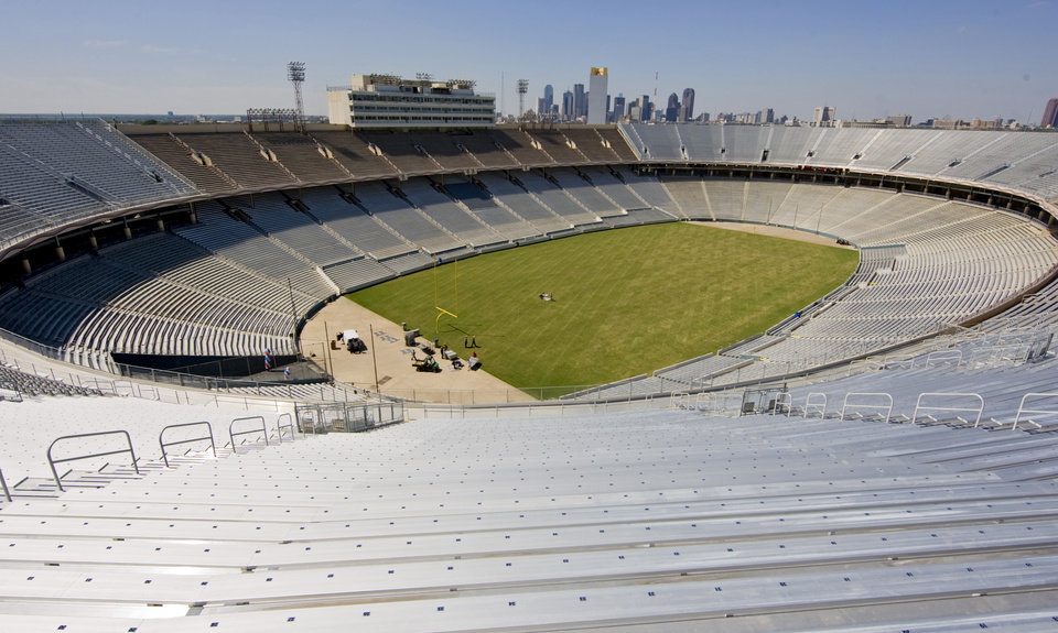 Expanded seating on the north and south end zones increased the seating from 76,000 to 92,100 in the Cotton Bowl on display to the media on Wednesday, Sept 17, 2008, in Dallas, Texas. by Chris Landsberger,The Oklahoman
