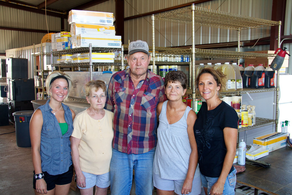 Photo - Kylie Haffner, Pearley Rodgers, Wayne Brinkley, Kathy Brinkley and Camala Hinkle operate Somekinda Catering, which provides food to oilfield workers throughout western Oklahoma and the Texas panhandle.  photo by Adam Wilmoth