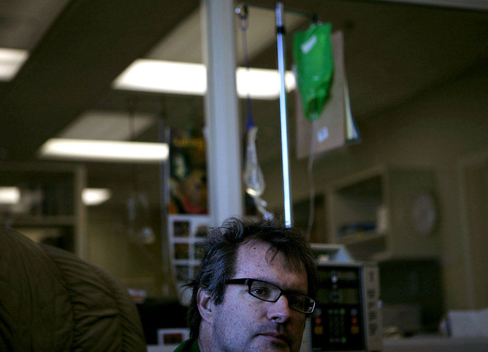 Jim Chastain goes through chemotherapy at OU Physicians Hospital in Oklahoma City on Dec 1, 2008.  By John Clanton, The Oklahoman