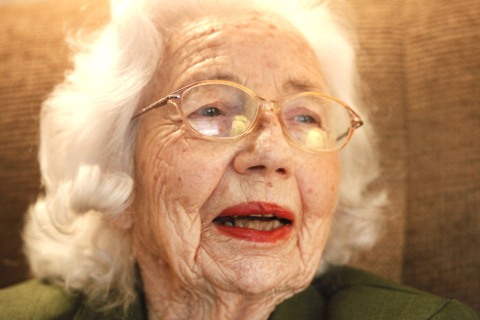 Beatrice Warren, 100, was a nurse at migrant camps in California during the Dust Bowl era.  Photo By David McDaniel/The Oklahoman     Graduation <strong>David McDaniel - The Oklahoman</strong>