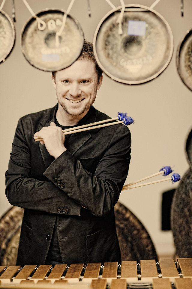 Colin Currie   Photo by Marco Borggreve <strong></strong>